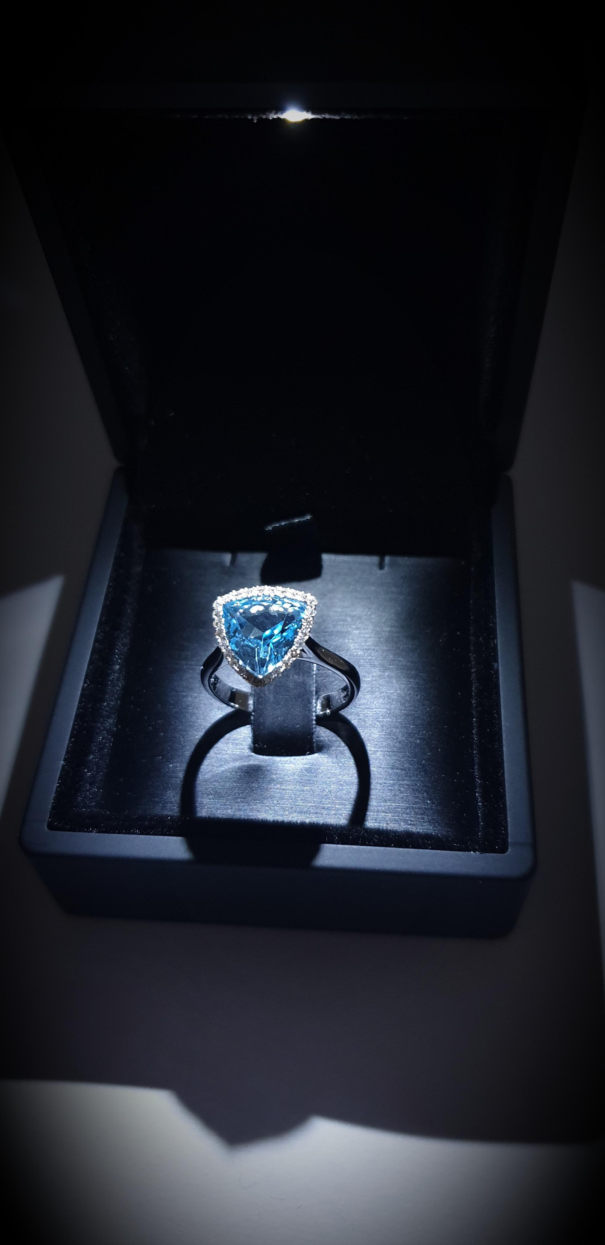 Δαχτυλίδι με blue topaz
