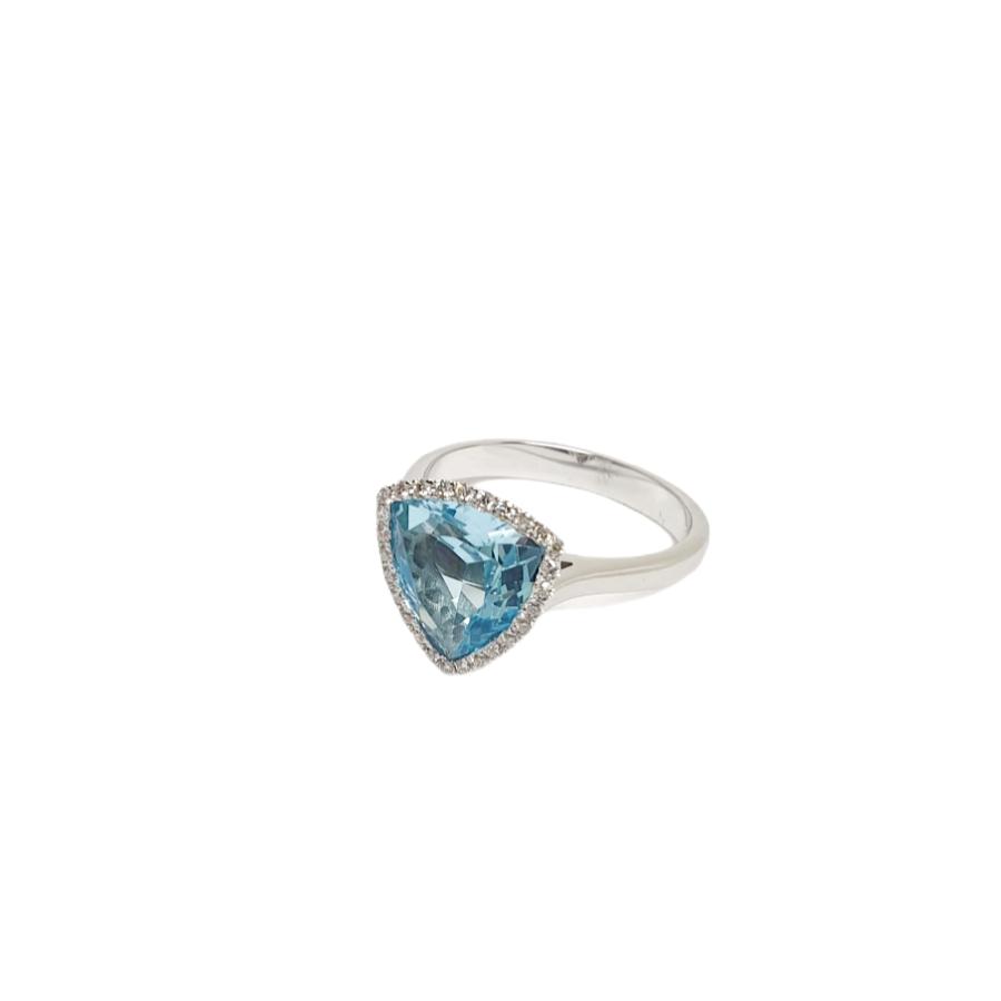 Λευκόχρυσο δαχτυλίδι κ18 με μπλέ τοπάζι & διαμάντια.